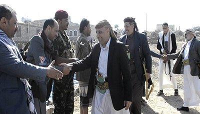 نائب رئيس الوزراء وعدد من الوزراء ومحافظا إب والضالع يزورون المرابطين بجبهة دمت
