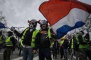 السلطات الفرنسية تدعو (السترات الصفراء) إلى عدم تنظيم احتجاجات يوم السبت القادم