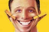 دراسة: أغلب الضحك مصدره التصريحات والتعليقات أكثر من النكت