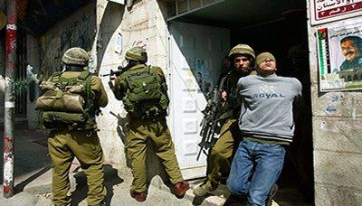 قوات الاحتلال الإسرائيلي تعتقل 14 فلسطينيا و يهدم منزلا في الولجة في بيت لحم
