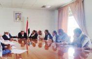 مناقشة سبل الحد من ري المزروعات بمياه الصرف الصحي في عدد من مناطق محافظة إب