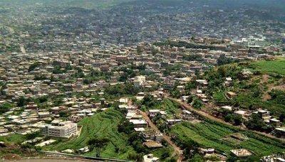تواصل التحضيرات لإقامة المهرجان السياحي في إب