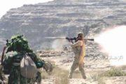 أمين العاصمة ومحافظي إب ولحج يزورون المرابطين في جبهة كرش