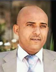عضو السياسي الأعلى السامعي يعزي في وفاة الصحفي عبدالعزيز الهياجم