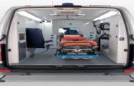 تسليم سيارة إسعاف متكاملة لمستشفى الشهيد البعداني بإب